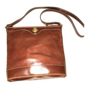 Nice Brahmin brown leather crossbody, EUC